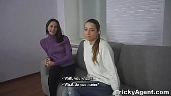 Brunette Teen Girl Sucking And Threesome