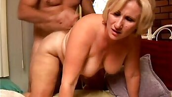 Blonde of guy gets a load of meat and cum in ass while facial