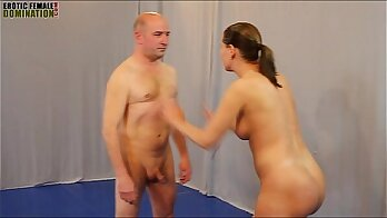 Athletic fucks with sexy wrestling girl