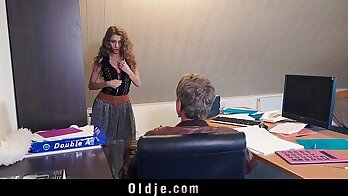 Young Secretary Facial During Sex With Old Stranger