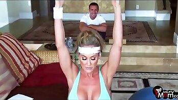 Big Tit MILF Diana Prince fucks fishbox at the gym