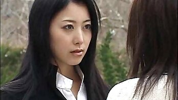 Asian teen enjoys lesbian action