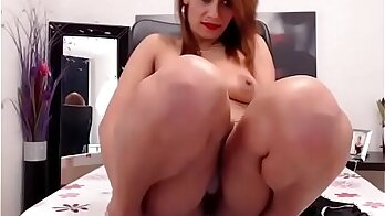 Smoking hot babe spitroasting boobs filled with urine