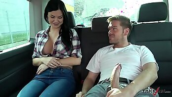 Busty Jasmine Jae Gets Fucked by Young Man