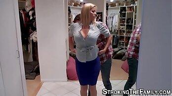 Big tits MILF Kylie C goes down on a stranger victim porn