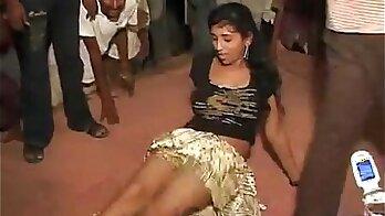 Adulterous floridaire e comflamo to dance